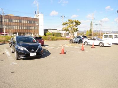 【駐車場】アストラ淡路ビル