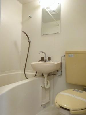 【トイレ】ホワイトローズ