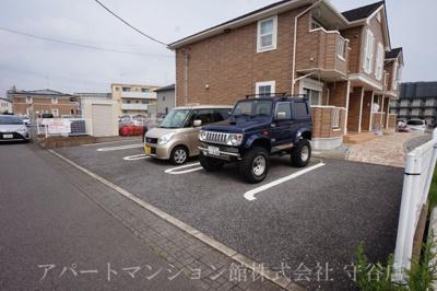 【駐車場】パルボナール