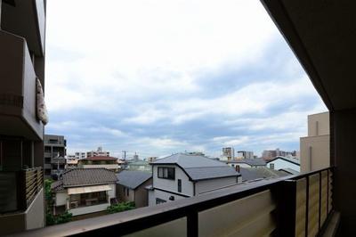 洋室①バルコニーからの眺望です!