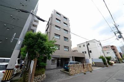 JR六甲道駅より徒歩約8分!阪神石屋川駅より徒歩約9分!生活至便の立地です!