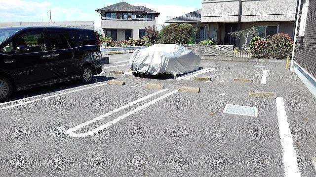 【駐車場】セレーノ