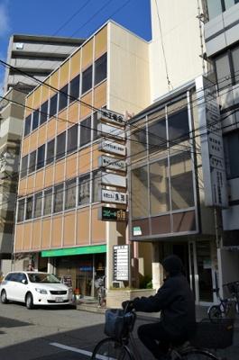 【外観】堺東駅から6分!事務所4階!約36.29坪!堺市役所すぐ