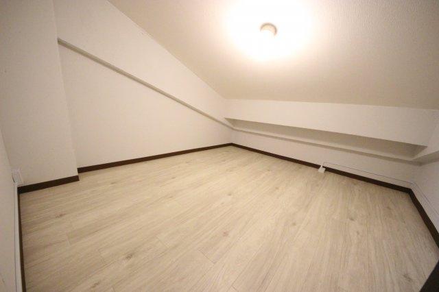 2階洋室7帖の奥納戸
