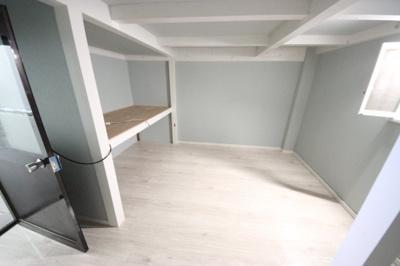 地下一階 8帖 レジャー用品、お車用品などの収納にも便利!