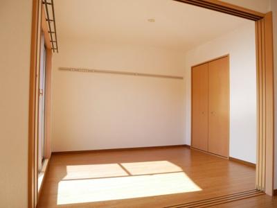 【洋室】エスペランス大岩本町