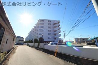 イオン迄約400m。安川通り沿いの利便性の高い立地のマンションです。