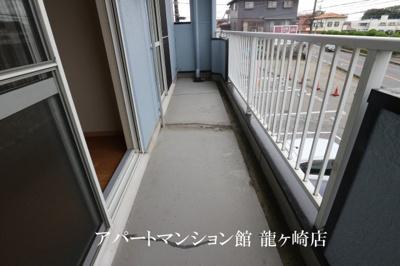 【バルコニー】ロイヤルパレス桜井