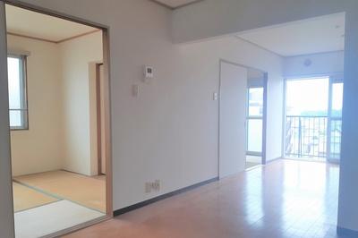 【居間・リビング】プレジデント東大阪 第三棟