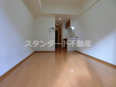 【居間・リビング】エスリード御堂筋梅田