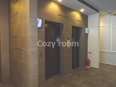 2基あるエレベーターホール