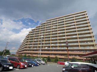 総戸数276戸の大規模分譲マンション、イオンモールまで徒歩3分で買物便利