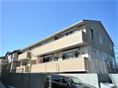 小田急線「五月台」駅より徒歩3分の駅近物件!ペットOK♪ワンちゃんと一緒に暮らせる2階建てアパートです♪