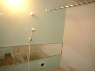 【浴室】高知市宇津野中古戸建