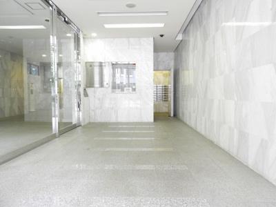 【エントランス】リーガル四ツ橋立売堀