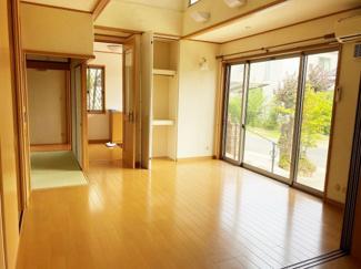 【居間・リビング】近江八幡市安土町常楽寺 中古戸建