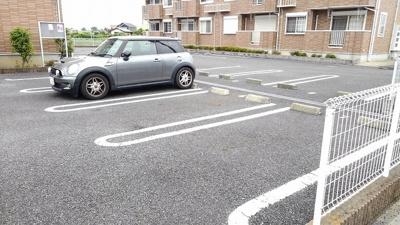 【駐車場】エクセレントイズミⅡ