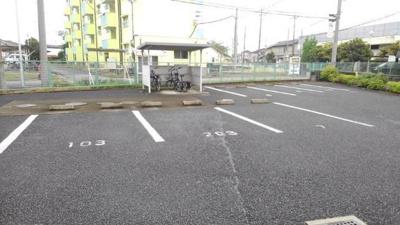 【駐車場】CRESTALLⅡ番館