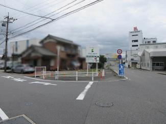 【前面道路含む現地写真】小牧市三ツ渕 売地
