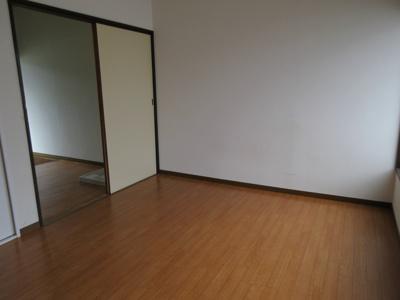 【洋室】橘荘5号館