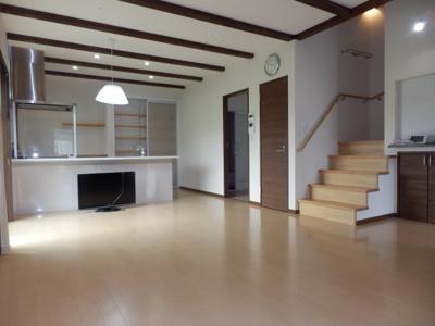 【居間・リビング】常楽中古住宅 A邸