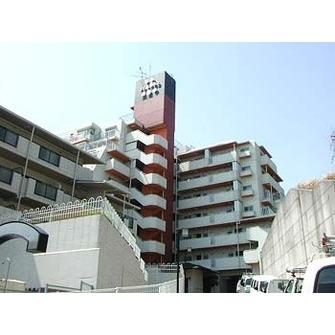 【現地写真】 総戸数48戸の SRC造の分譲マンションです♪