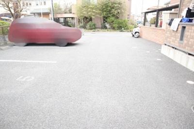 駐車場車路