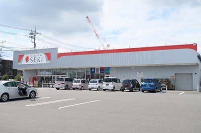 セブン-イレブン瑞穂団地入口店まで650m