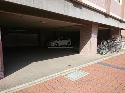 【駐車場】ピュアドームスタシオン箱崎