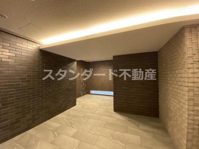 【エントランス】M COURT新町