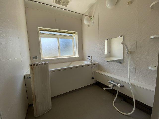 【浴室】米沢市通町4丁目 2階建て中古物件