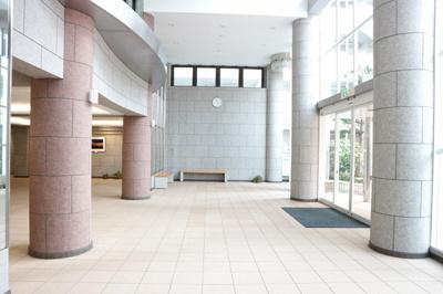 【エントランス】ディオ・フェルティ学園都市ドルミハイツ垂水3C棟