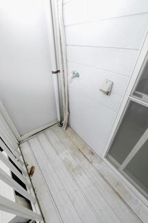 コーポやよい201号室 洗濯機置場