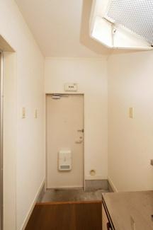 コーポやよい201号室
