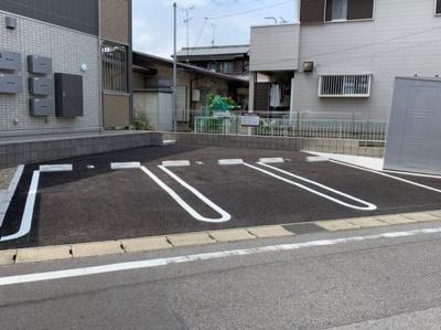 【駐車場】サンレストA棟