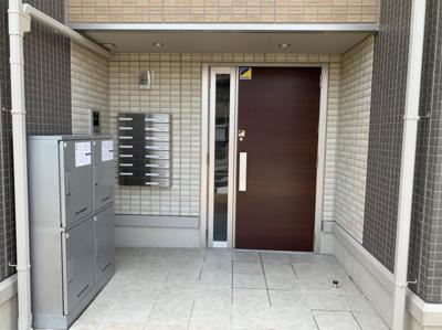 【エントランス】サンレストA棟