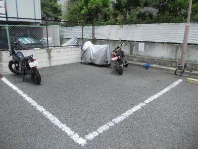 【駐車場】Du四条(ドゥ四条)