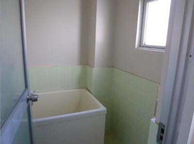 【浴室】エル・パセオ仲之町