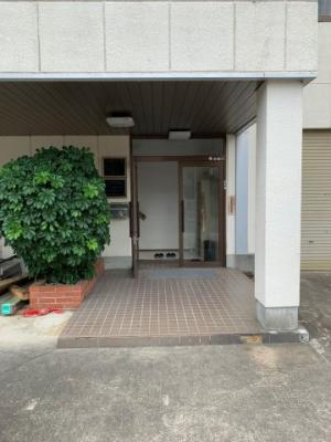 【エントランス】本堅田1倉庫・事務所