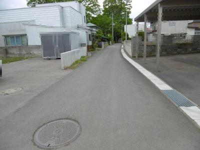 【前面道路含む現地写真】平川市高木土地