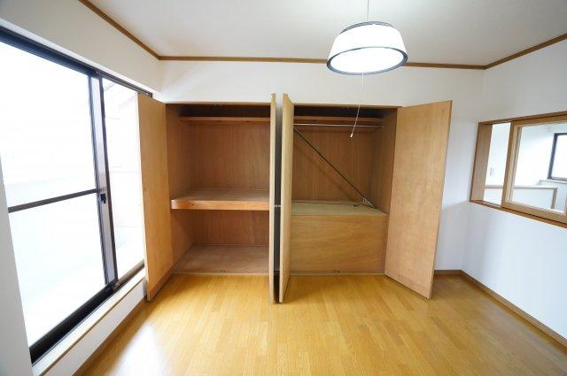 2階 開口部が広いのでムダなく利用できます。