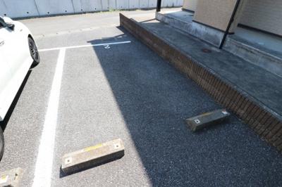 【駐車場】レオパレスノーブル シャトー