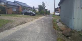 【前面道路含む現地写真】55243 羽島市堀津町土地