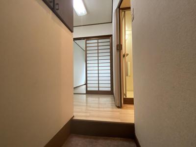 【玄関】クラスタービル