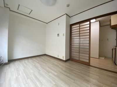 【洋室】クラスタービル