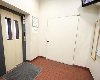 防犯カメラ付きのエレベーターです!