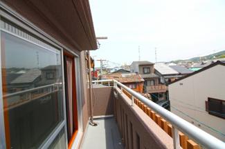 3階バルコニーから見える眺望は良好です!