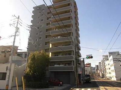 天満川沿いに建つ本物件は総戸数31戸と多すぎず、少なすぎず丁度よい戸数と、築24年とは思えない外観を備えております。
