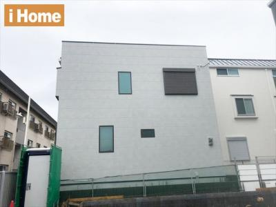 阪急六甲駅より徒歩9分、JR六甲道駅より徒歩12分 高気密高断熱住住宅です