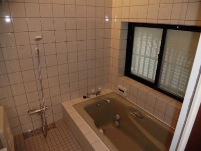 【浴室】大津市堅田1丁目14-67 中古戸建